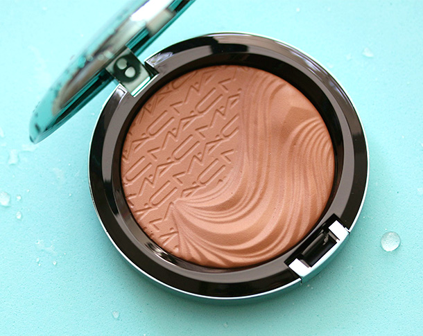 Beautiful photography of mac extra dimension at work here